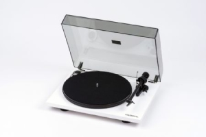 Skivspelare - Turntable - Pro-Ject  Essential III, White in the group Campaigns / Vinyl Sale / Vinyl Accessories at Bengans Skivbutik AB (2610839)