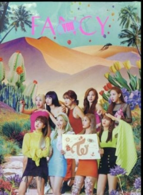 Twice - Fancy You (7Th Album) [import] in the group BF2019 at Bengans Skivbutik AB (3732398)