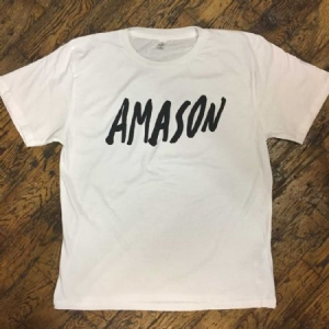 Amason - T-Shirt White logo (Svart) in the group Minishops / Amason at Bengans Skivbutik AB (3757607)