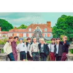 Stray Kids - STRAY KIDS FIRST PHOTOBOOK (STAY IN LONDON)  incl DVD